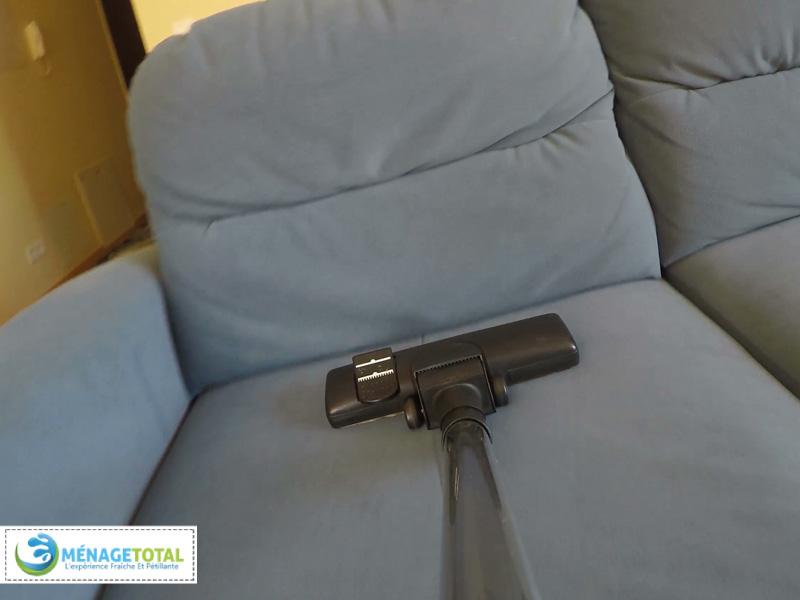 Vacuum-Sofa