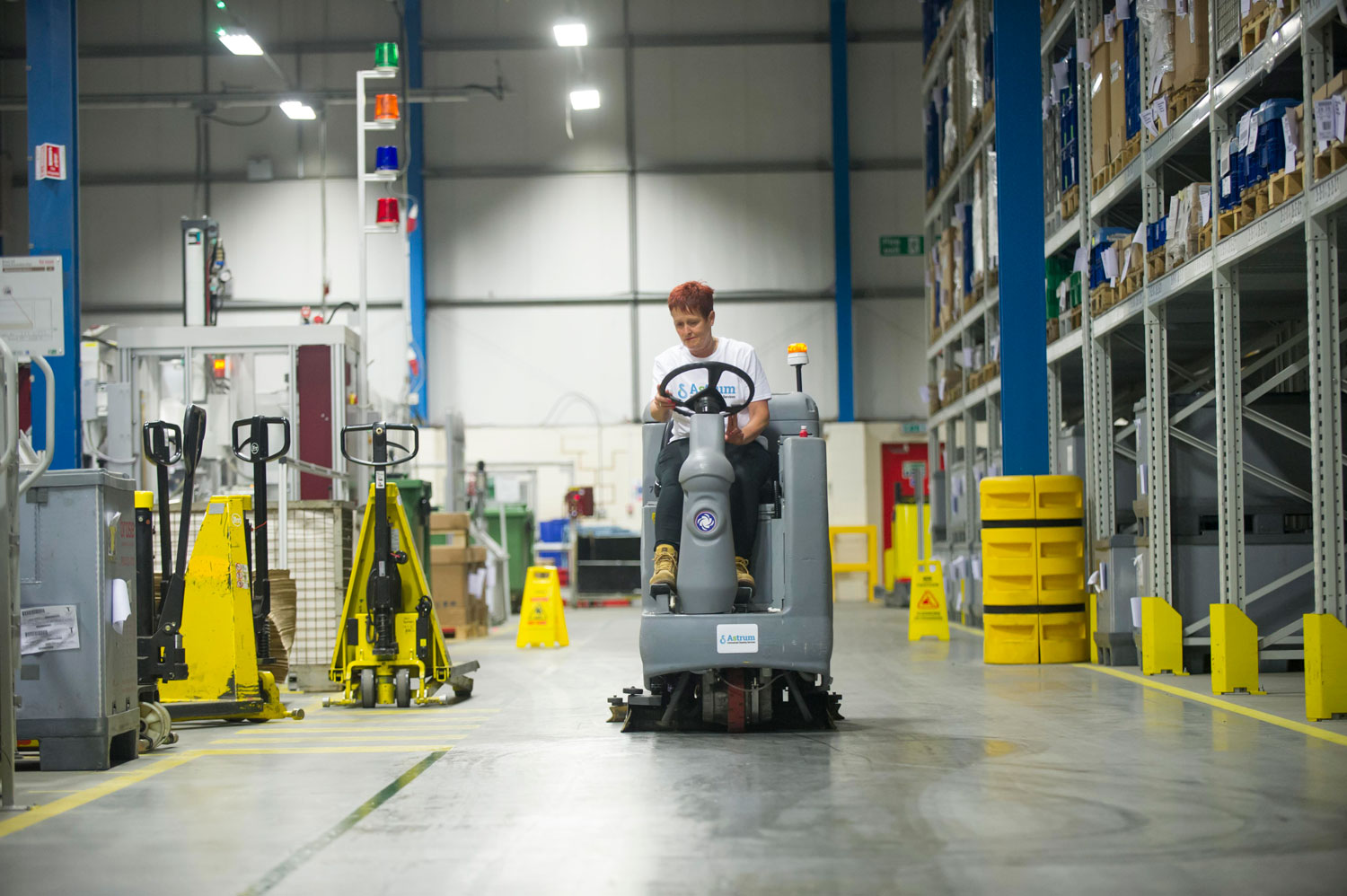 Warehouse Cleaning Montreal